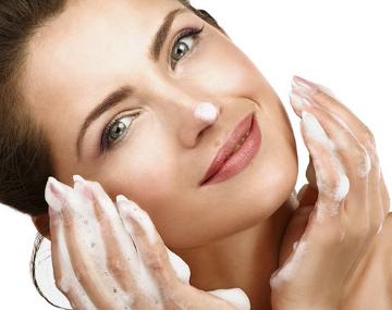 أفضل 6 أنواع صابون للبشرة الجافة