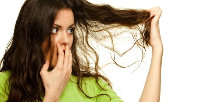 أسباب جفاف الشعر