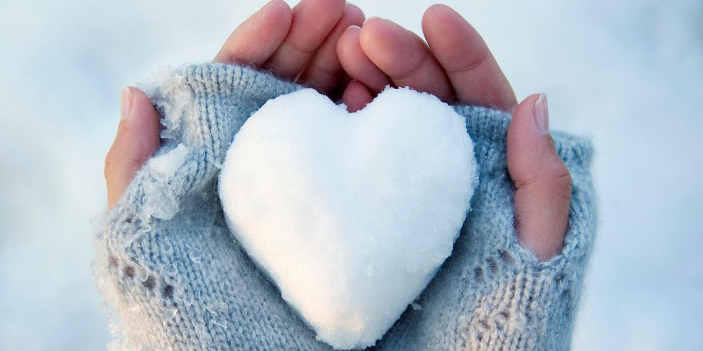 الثلج ينشط الدورة الدموية للبشرة و الجلد