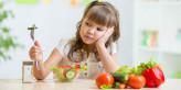 كيف تشجعي طفلك على أكل المزيد من الخضار و الفواكه- هام لكل أم