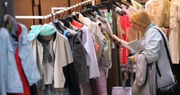 كيف تتعرف على جودة و نوعية الملابس قبل شرائها - نصائح هامة