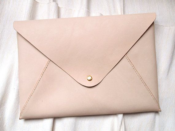 صناعة حقائب جلدية بسيطة و رائعة
