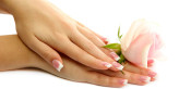 أهم الفيتامينات اللازمة لصحة و جمال اليدين و الأظافر