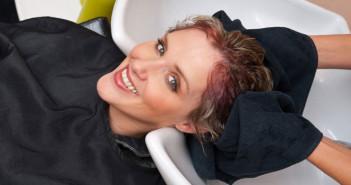 5 طرق بسيطة لإزالة لون صبغة الشعر الغير مرغوب فيه