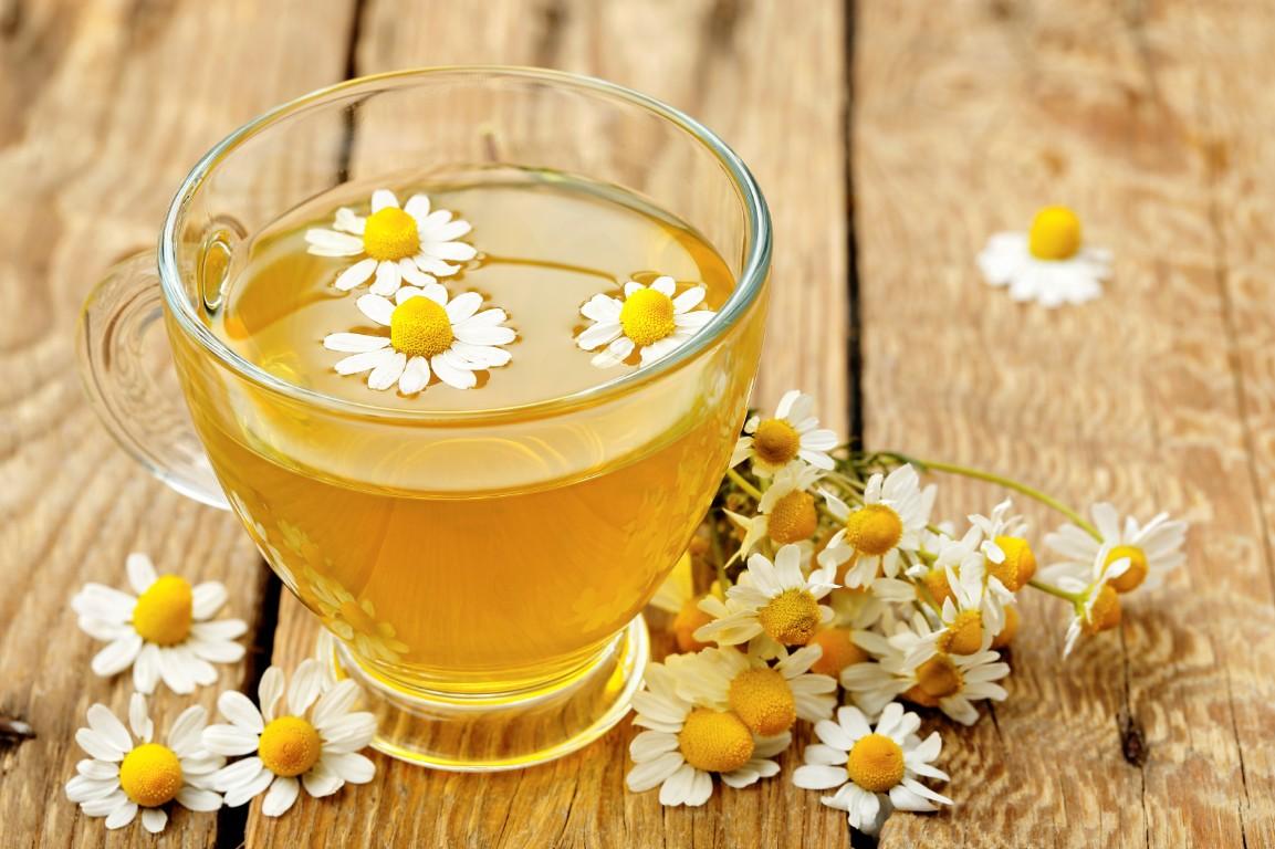 شاي البابونج لعلاج التهابات الحنجرة