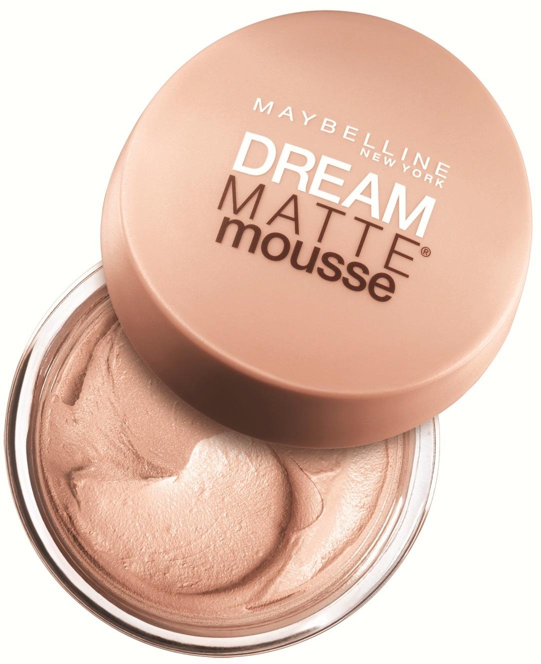 أساس الوجه Maybelline Dream Matte Mousse للبشرة الدهنية