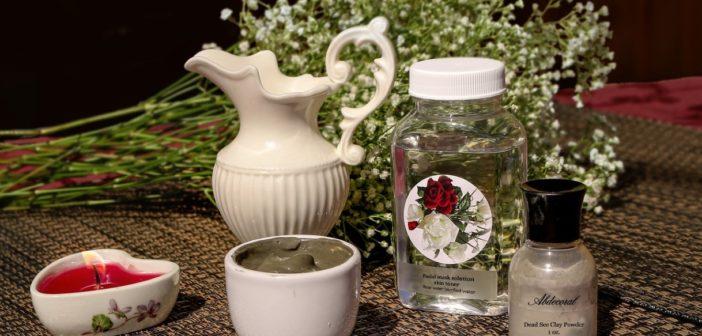 فوائد ماء الورد للبشرة و أهم وصفاته للوجه