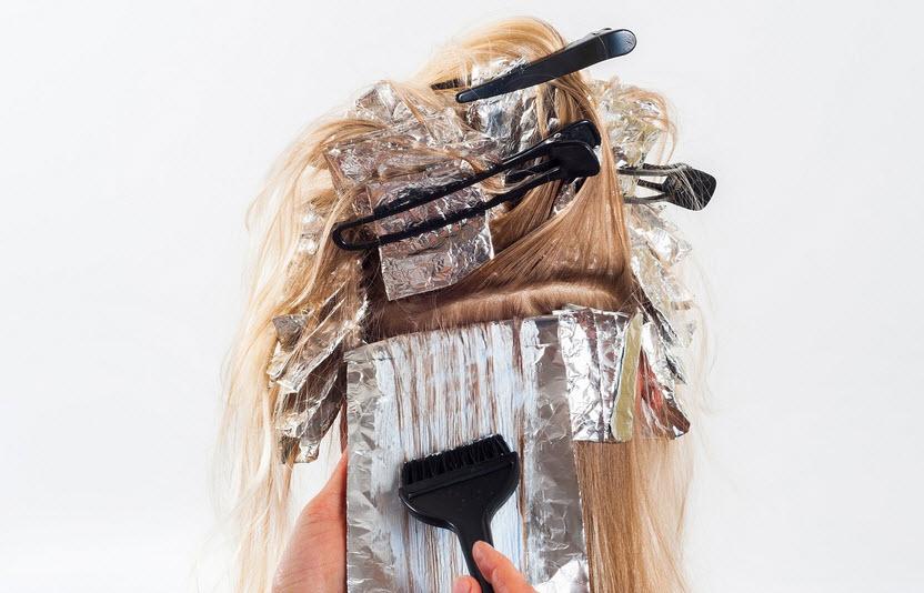 أهم أضرار و مخاطر الصبغات التجارية على الشعر