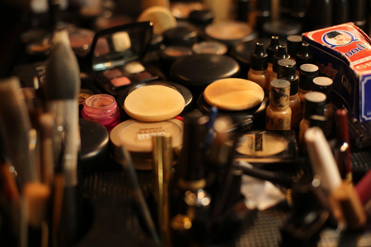 أفضل مستحضرات التجميل العالمية من ماركة لوريال باريس LOreal Paris